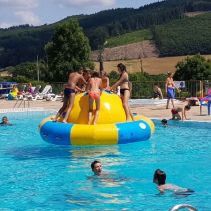 piscine-matour-bouee-900.jpg