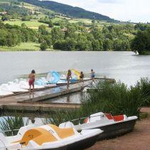 lac-saint-point-pedalos-900.jpg